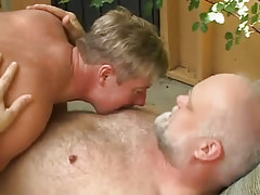 Horny boy pets old bear faggot outdoor