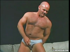 Bear ripe gay presents hairy body